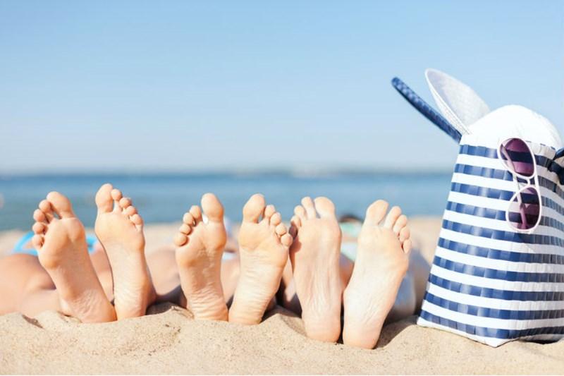 Risultati immagini per mare sole e spiaggia