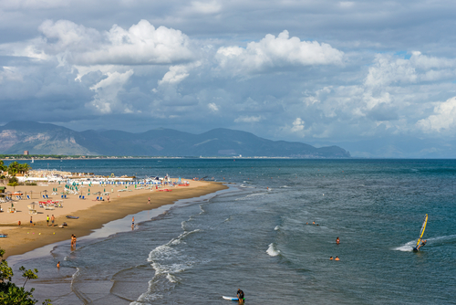 Matrimonio Spiaggia Circeo : Dove andare a ferragosto idee di viaggio